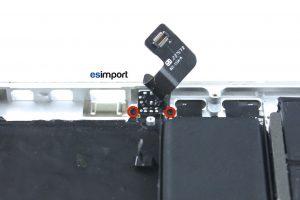 Changement de la prise jack sur un MacBook A1425 - 03-RETIRER-2-VIS-TORX-5-PRISE-JACK-MACBOOK-PRO-A1425-RETINA