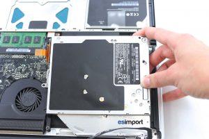 changement du lecteur optique sur un MacBook A1286 2008 - 04-SORTIR-LECTEUR-OPTIQUE-MACBOOK-15P-A1286-MODELE-2008