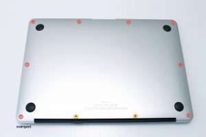 1-DEMONTAGE-COUVERCLE-DE-FOND-MACBOOK-AIR-13-A1369-1024x682