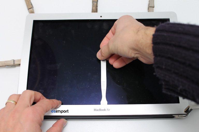 bezel de rechange changer r paration cran macbook air 13. Black Bedroom Furniture Sets. Home Design Ideas