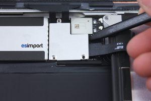 18 DECONNECTER ET RETIRER LCD IPAD AIR