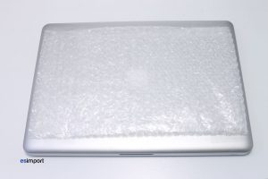 2 PROTECTION DESSUS MACBOOK