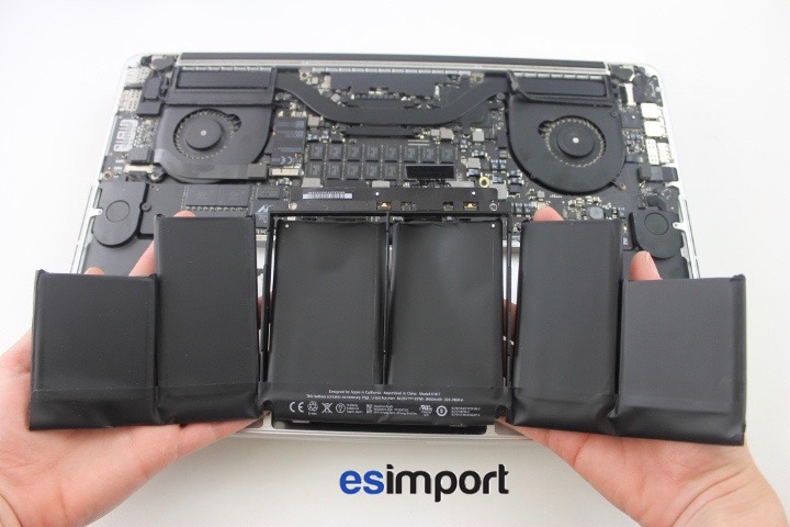 tutoriel d crivant le changement de la batterie sur un macbook a1398 2012. Black Bedroom Furniture Sets. Home Design Ideas