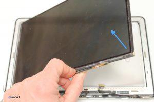 Changement de l'écran LCD sur un MacBook A1370 - 21 OUVERTURE ECRAN LCD