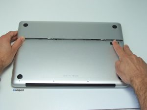 OUVERTURE TRAPPE BATTERIE MACBOOK PRO 15