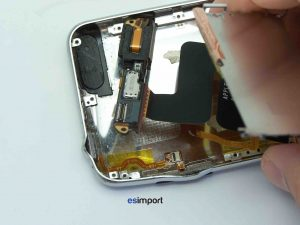 SORTIR CARTE MERE IPOD TOUCH 2