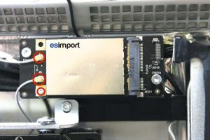 Changement de la carte WIFI sur un iMac A1312 2010 - 03-deconnecter-2-antennes-wifi-devisser-vis-torx-6-imac-27-pouces-a1312-mi-2010