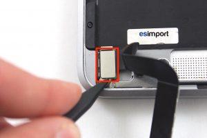 03 DECONNECTER NAPPE USB C MACBOOK 12 POUCES A1532