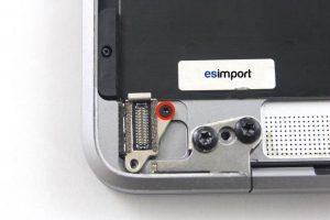 Changement de la prise USB-C sur un MacBook A1532 2015 - 04 DEVISSER VIS TORX 3 MACBOOK 12 POUCES A1532