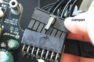 05-deconnecter-cable-alimentation-imac-27-pouces-a1312-mi-2010