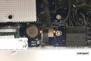 07 DEVISSER 2 VIS TORX 6 DECONNECTER CABLE LVDS IMAC 20P A1207 FIN 2006