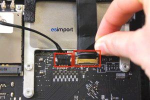 deconnecter-lvds-et-alimentation-lcd-imac-a1312-mi-2011